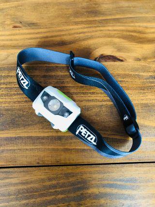 Linterna frontal LED ligera