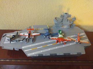 Planes. barco + 5 aviones