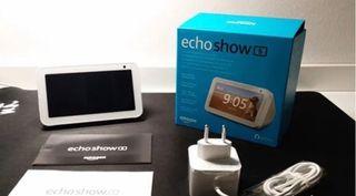 Echo show 5 en su caja