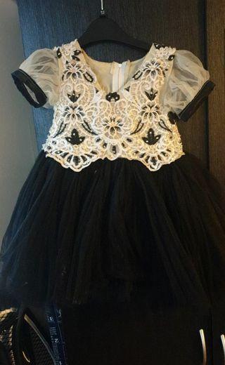 dress size -18 -24months