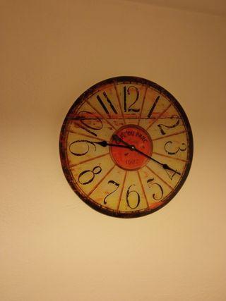 Reloj de pared, cristal vinilado