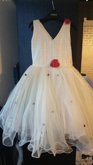 dress size 3_4Years