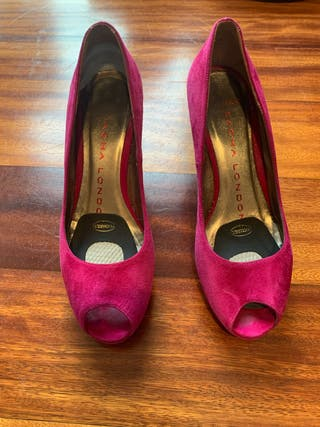 Zapato tacón fucsia