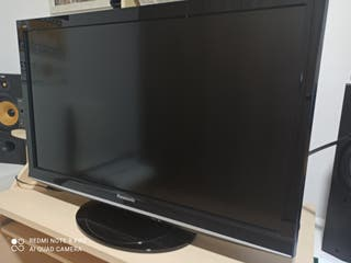 "TV Panasonic 37"" + smart tv + teclado inalámbrico"