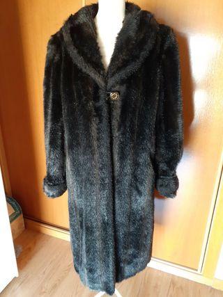 Abrigo negro mouton - Talla 40/44
