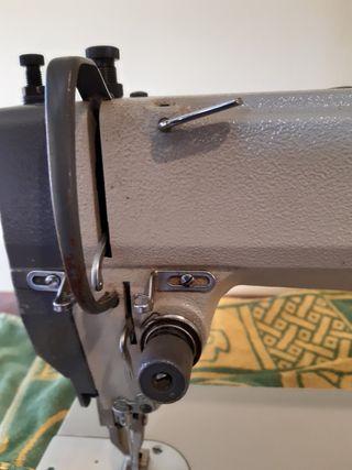 máquina de coser fomak