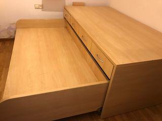 Cama nido escritorio y cajonera.