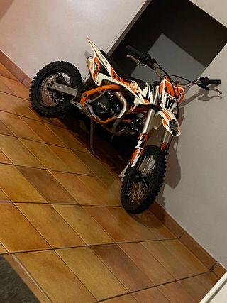 Roan 125cc pit bike