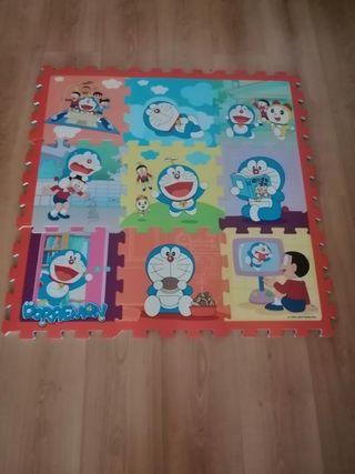 Alfombra puzzle Doraemon