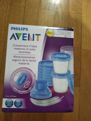 Vasos AVENT de almacenamiento de leche materna.