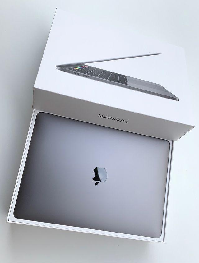 MacBook Pro 2020 512Gb 33 Ciclos ~ TouchBar/iD
