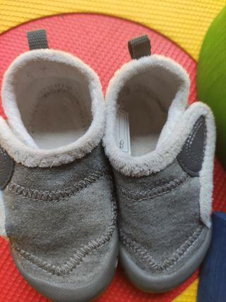 Zapatillas Bebé primeros pasos Forro Polar T 24