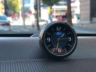 Reloj con logo marcas de coche