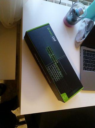 Batería NUEVA sin uso, para Macbook Pro 15 2011