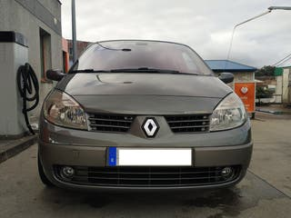 Renault Scenic 2 (Año 2005).