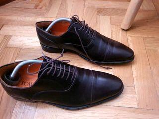 Zapatos de vestir Scalpers. Talla 42.