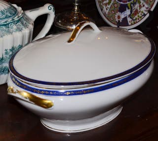 Sopera `porcelana francesa