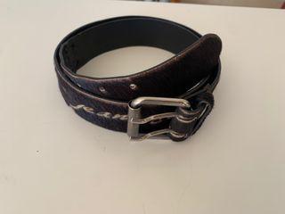 Cinturón dos hebillas marron piel Potro Versace.