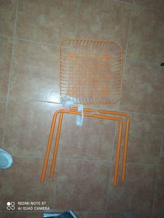 se puede utilizar tanto cesta como silla