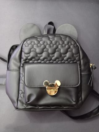 mochila pequeña negra de Mickey mouse