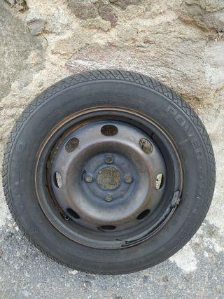 Rueda completa con Neumático Kumho 165/65 R13 77T