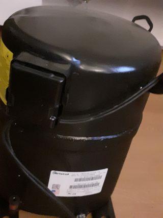 compresor industrial de aire acondicionado