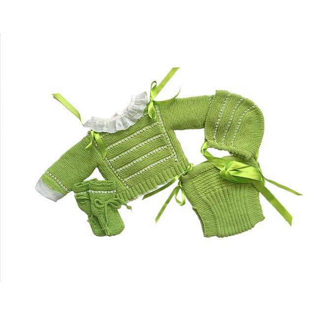 Conjunto lana recién nacido verde y blanco. Nuevo