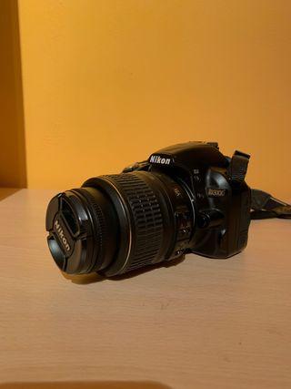 Cámara de fotos Nikon D3100