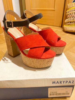 Sandalias tacón negro y rojo