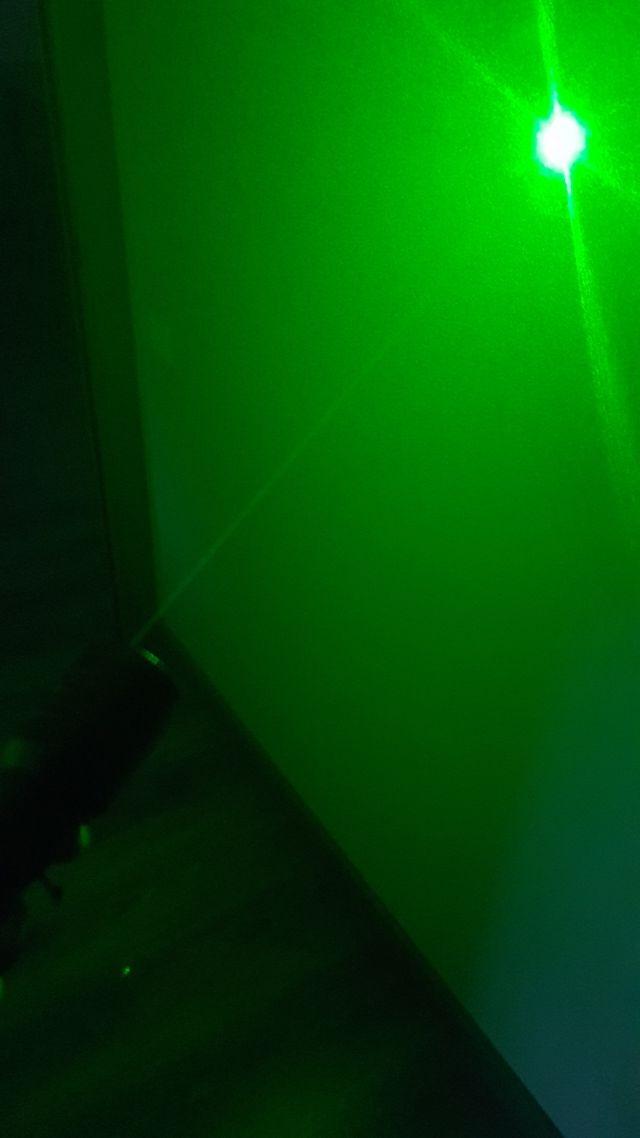 Linterna Táctica Led con Láser verde y rojo