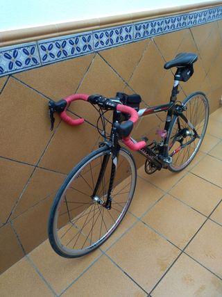 Bicicleta de carretera Goca