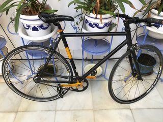 Bicicleta fixie No Logo