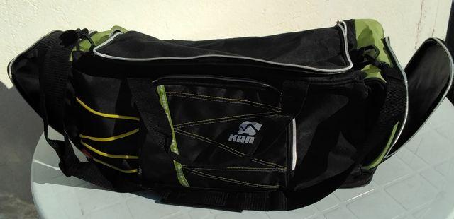 Mochila deportiva marca karhu