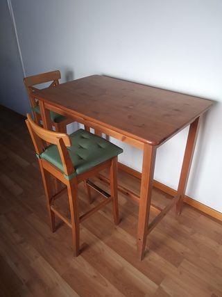 Mesa alta con 2 taburetes