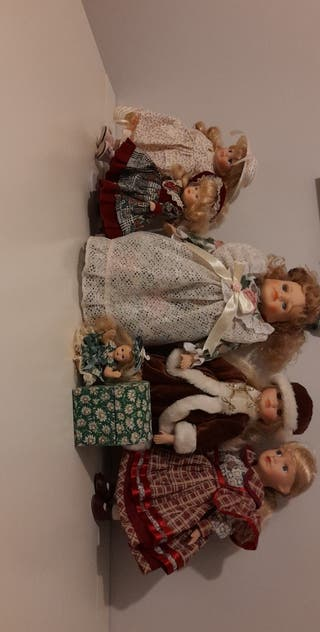 6 collectable dolls