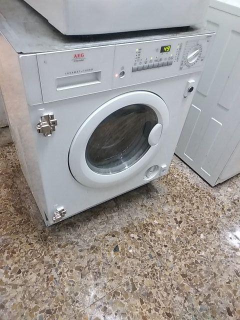 Lavadora secadora aeg