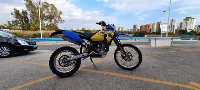 Moto Cross Enduro Husaberg 450 FE