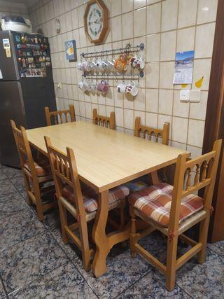 Mesa comedor Haya madera maciza