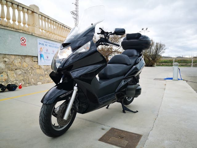 HONDA SILVERWING 600 MOTO MAXI SCOOTER ABS tmax