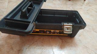 Caja de herramientas 64 largo / 24 ancho
