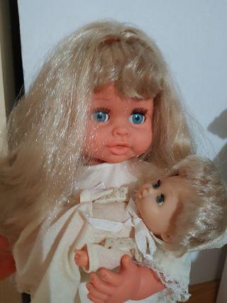 muñeca Mency mama