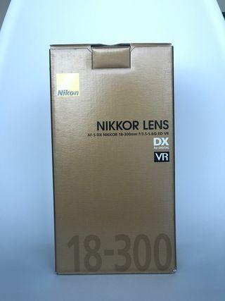 Objetivo original de Nikon 18-300