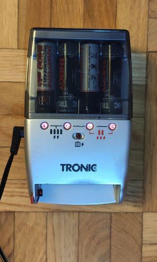 Cargador de baterías recargables AA/AAA