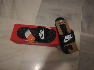 chanclas Nike Benassi originales