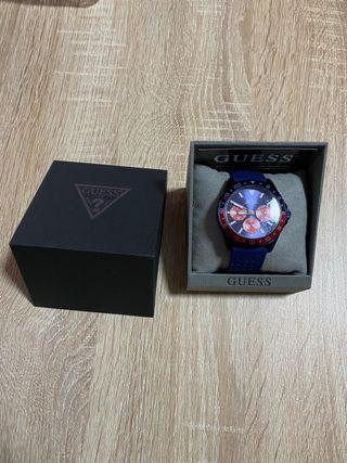 Vendo Reloj Guess W1108G1 de hombre