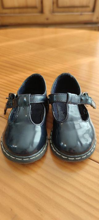 Vendo zapatos niña, zara baby, talla 20