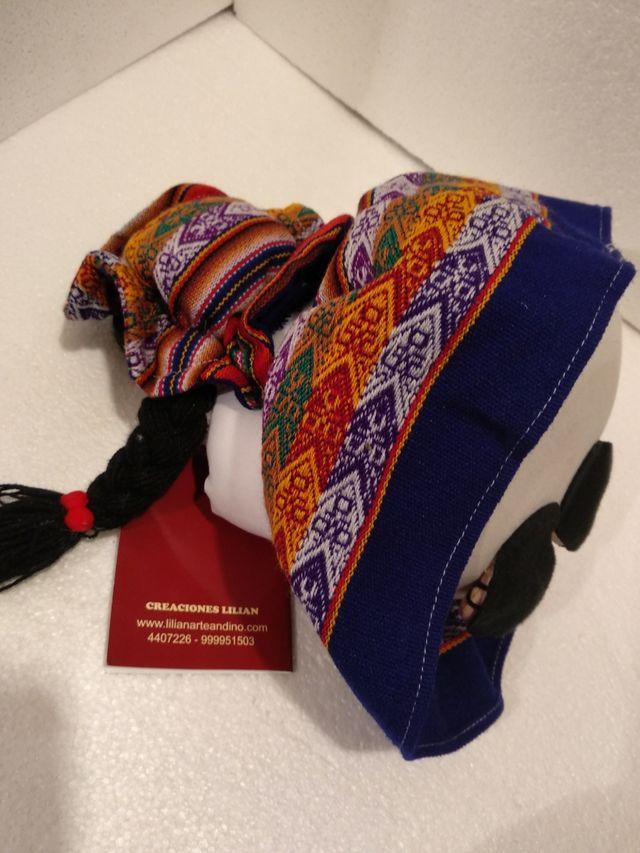 Muñeca de Perú nueva artesanal con DNI ocasión