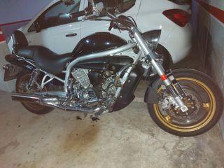 Moto Hyosung Aquila 650 2005