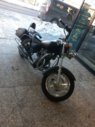 Clípic 125cc custon