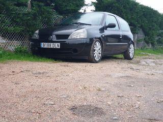 Renault Clio 2005